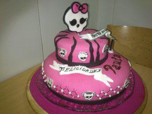 Tarta Monster High1