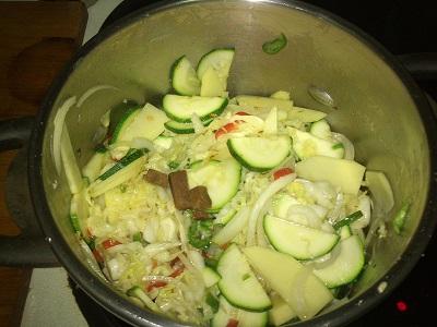 Verduras y huevos codorniz (2)