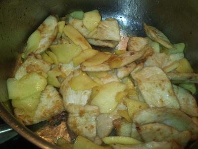 Pollo con manzana (3)