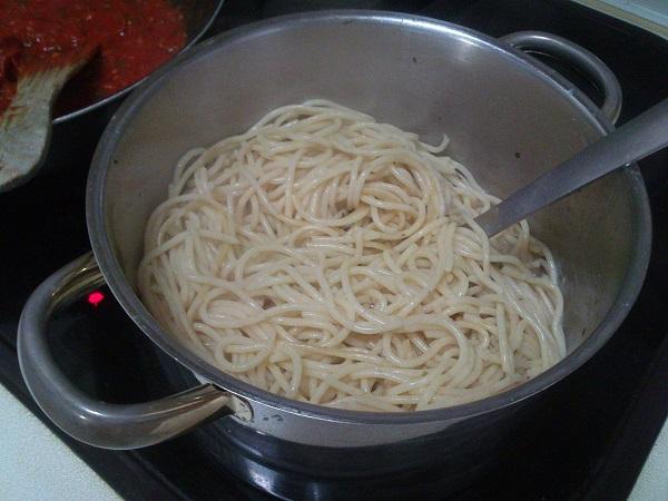 Espaguetis con chorizo (6)
