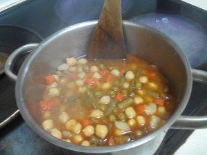 Garbanzos con verdura Bote mercadona (3)