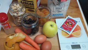 bizcocho-integral-con-frutas-y-avellanas-26