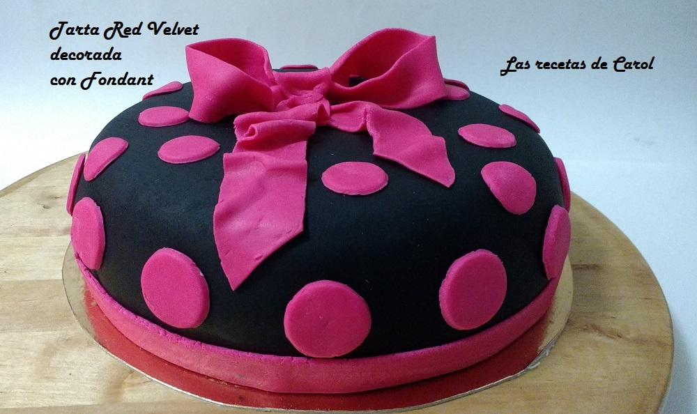 Tarta red Velvet decorada